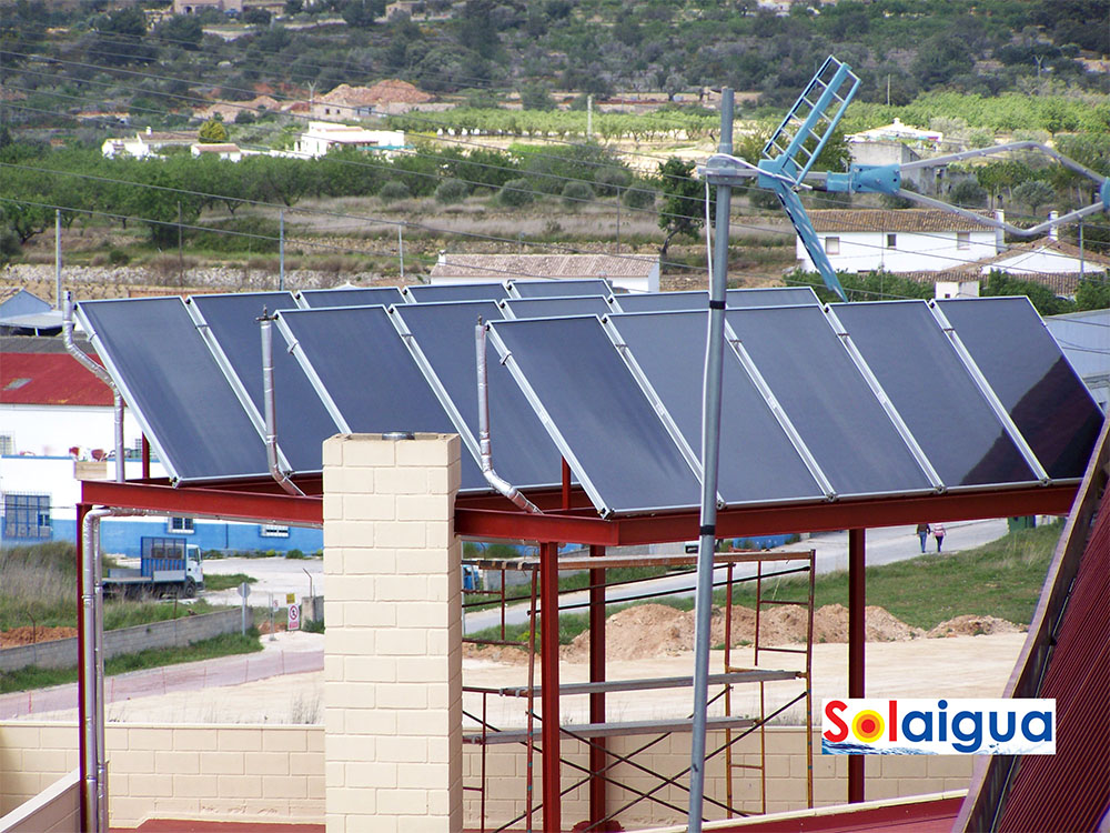 Agua Caliente Sanitaria Polideportivo Benissa